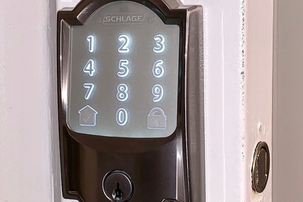 Review: Schlage Encode Smart Deadbolt with built-in Wi-Fi is a solid no-frills option
